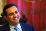 """Italia – passa il Decreto-Rifiuti: """"da Napoli container all'estero, non più al Nord"""" – la soddisfazione di Bossi, le riserve di De Magistris"""