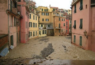 Flood in Liguria and Tuscany - the green light from Brussels to 18 million in ESF aid