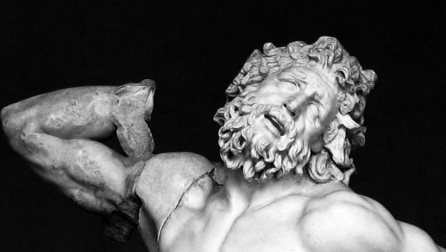 Rifiuti in Campania - La Disperazione del Laocoonte