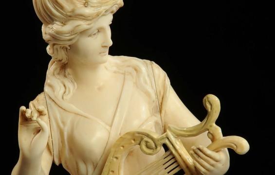 Grecia allo Sbando - La Musa della  Musica non suona più